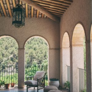 CanAlemany_gallery_patio1